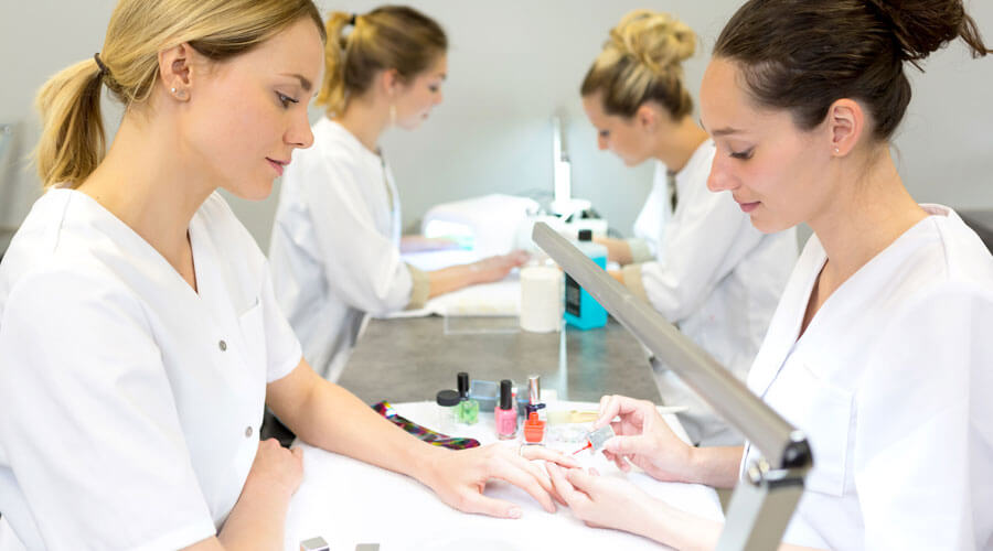 nail-technician-bridging-program